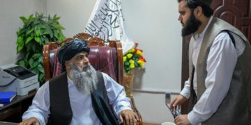 ¿Están empezando a matarse los talibanes?– Titulares