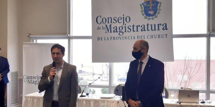 Archivaron la denuncia contra el fiscal Nápoli/ Titulares de La atagonia