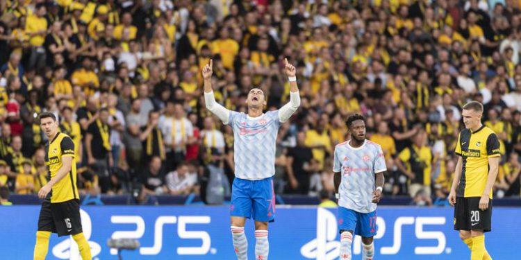 Cristiano anota, pero Man U cae 2-1 ante Young Boys / Titulares