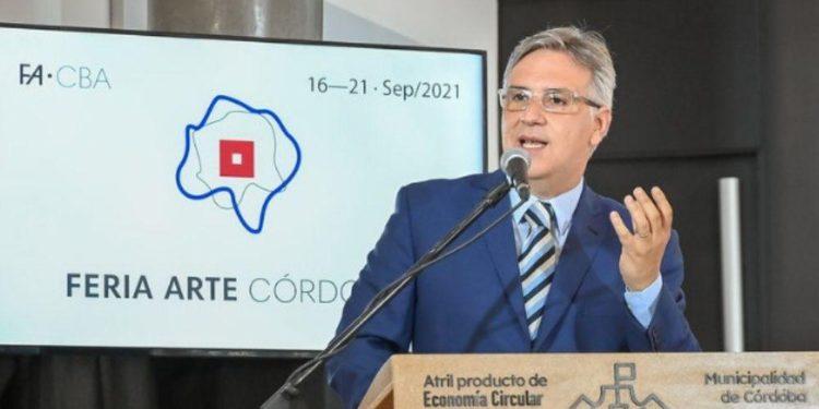 Martín Llaryora presentó la edición 2021 de la Feria del Libro de Córdoba/ Titulares de Cultura