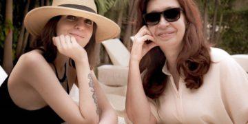 El apoyo de Florencia Kirchner a la carta de Cristina /Titulares de Política
