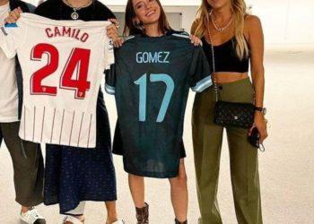 Papu Gómez y compañía fueron ver a Camilo /Titulares de Deportes