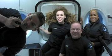 Astronautas aficionados de SpaceX regresan a salvo a la Tierra