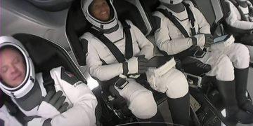 Inspiration4 Mission, de SpaceX, lanza al espacio por primera vez una tripulación solo para civiles – 15/09/2021 – Ciencia / Brasil