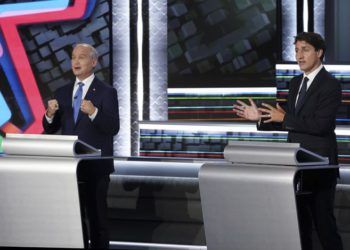 Elección anticipada amenaza con sacar a Trudeau del poder / Titulares