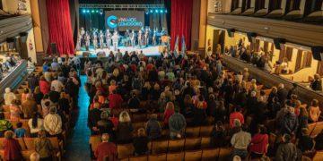 El municipio homenajeó a los jubilados con un festival/ Titulares de La atagonia