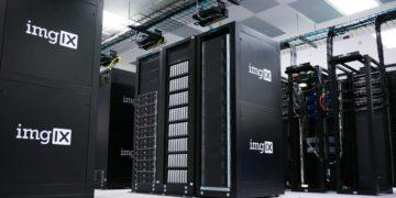 Así son los ordenadores detrás de Netflix: sirven hasta 50 GB/s   Tecnología