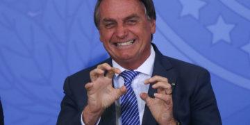 Bolsonaro ahora rechaza el golpe, promete no estropear las elecciones e incluso defiende las máquinas de votación electrónica – 24/09/2021 – Power / Brasil