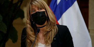 """Ximena Rincón y el presupuesto 2022: """"Nadie puede estar en desacuerdo con que tenemos que reducir el déficit.""""/Titulares de Noticias de Chile"""