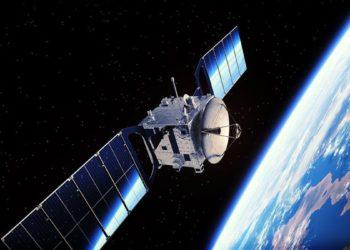 El desarrollo productivo asigna 250 millones de dólares a empresas aeroespaciales y de satélites/ Titulares de Economía