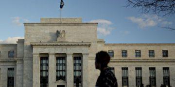 Dos funcionarios de la Fed dicen que se alcanzó el umbral para reducir las compras de activos./Titulares de Noticias de Chile