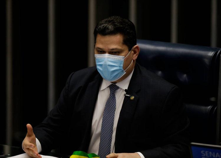 Planalto frena las promesas de Alcolumbre, y el senador tiende la cuerda en la nominación de Mendonça al STF – 26/09/2021 – Poder / Brasil