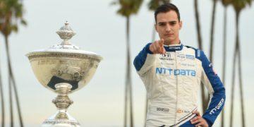 Álex Palou hace historia en Long Beach y se proclama campeón de IndyCar