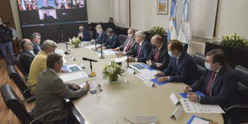 La nación flexibilizará las existencias para las exportaciones de carne/ Titulares de Corrientes