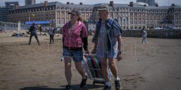 Los municipios costeros de Buenos Aires destacaron el balance positivo del turismo durante el fin de semana largo – Télam/Titulares de Turismo