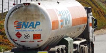 Trabajadores piden a ENAP ingresar al mercado de distribución de gas a consumidores/Titulares de Noticias de Chile