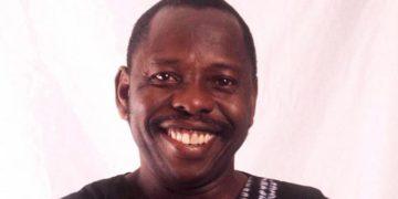 Ken Saro Wiwa a los 80 / Titulares de Noticias Internacionales