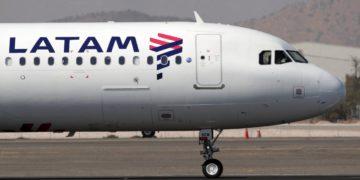 Latam recibe 12 mil millones de dólares para salir del plan de quiebras/Titulares de Noticias de Chile