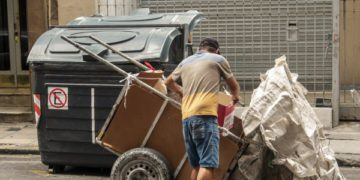 «Buenos Aires y su arrabal hacen fracasos» y «Santiago se prepara para la capital»: la explicación de las frases de un ministro