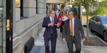 Negociaciones con el FMI, tema de la reunión de Martín Guzmán y Juan Manzur con inversionistas estadounidenses/ Titulares de Economía