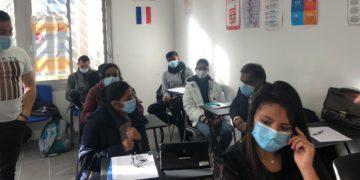 En Francia, los cursos intensivos para inmigrantes sobre valores franceses hacen que muchos se sientan como forasteros