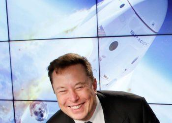 Starlink: Elon Musk ofrecerá conectividad a internet en aviones comerciales / Titulares de Tecnología