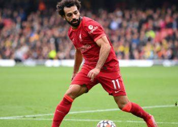 Gary Neville ve a Salah fuera del Liverpool / Futbol de España