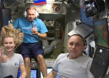 Se acabó la misión espacial de la actriz y cineasta rusa: regresaron a la Tierra/ Sociedad