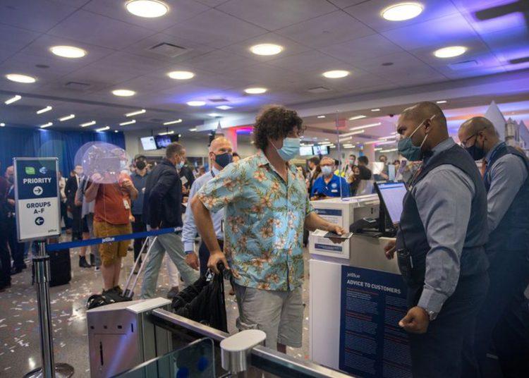 EE. UU. Acepta viajeros que hayan recibido diferentes tipos de vacunas contra Covid-19/ Titulares de Florida