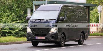 Cazado un prototipo del Nissan NV350 Urvan Facelift 2022 en Europa