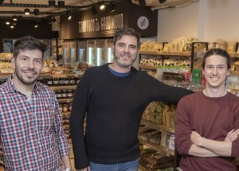 Trabajaban en un supermercado, los echaron y crearon su propia cadena saludable: ya tienen 19 locales