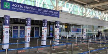 Por la caída de casos Covid-19, eliminan cuotas de entrada al país