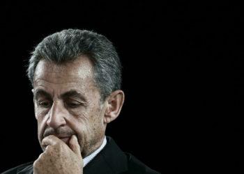 El expresidente francés Sarkozy tiene que testificar en un juicio por fraude electoral, dictamina un juez /Titulares de Noticias de Francia