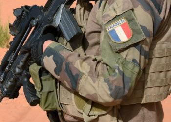Tropas francesas disparan y matan a una mujer mientras patrullaban contra el yihadista en Mali /Titulares de Noticias de Francia
