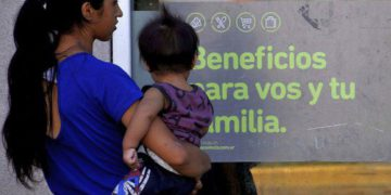 ¿Han confirmado el bono de 10,000 pesos para los beneficiarios de la AUH, cuando se recauda?/ Titulares de Corrientes