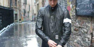 Las mejores chaquetas de ciclismo impermeables Gore-Tex Shakedry 2021 / Titulares de Bicicletas