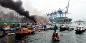 Pescadores artesanales de la ex Caleta Sudamericana protestan en Valparaíso/Titulares de Noticias de Chile