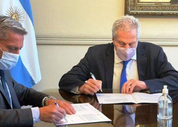 Chubut recibirá de Nación 7.705 netbooks para 93 escuelas/ Titulares de La atagonia