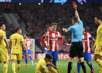 Griezmann, cuarto atlético que ve la roja tras marcar en Europa / Futbol de España