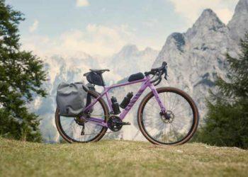 La nueva Canyon Grizl AL 2022 es una bicicleta de gravel asequible con soportes para portabultos / Titulares de Bicicletas