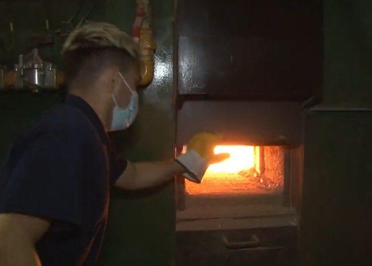 quemaron 50.000 barbijos truchos del Conicet en el cementerio de Chacarita /Titulares de Policiales