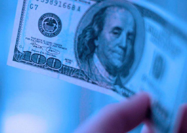 El dólar azul subió a 191 pesos y estuvo muy cerca del récord histórico/ Titulares de Misiones