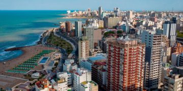 Mar del Plata espera turismo con precios competitivos en todas sus áreas – Télam/Titulares de Turismo