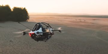 VIDEO: Presentan un vehículo eléctrico volador a lo 'Star Wars' que se conduce como una 'consola de videojuegos' – Mundo