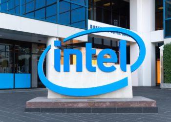 El CEO de Intel asegura que la escasez de componentes se alargará hasta 2023   Tecnología
