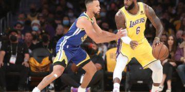Las criptomonedas ponen un pie en la NBA de la mano de Coinbase