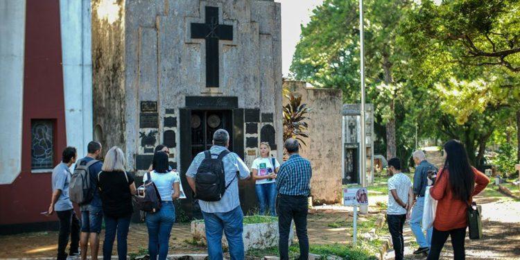 Avanza la valoración del cementerio «la Piedad»/ Titulares de Misiones