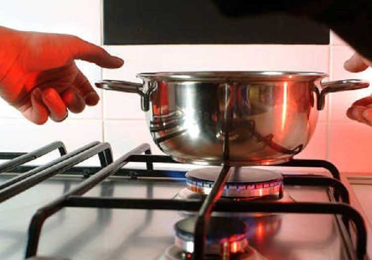 Accidentes domésticos: cómo evitar quemaduras y cómo tratarlas/ Titulares de Misiones