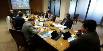La Comisión de Constitución del Senado vota este martes en general el cuarto retiro/Titulares de Noticias de Chile