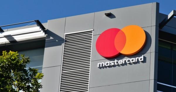 Mastercard planea lanzar billeteras y tarjetas en criptomonedas